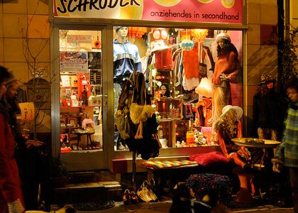 Laden Second Hand Und Vintage Frau Schr Der Hannover